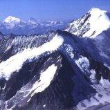 Aletschhorn vor den Walliser Alpen